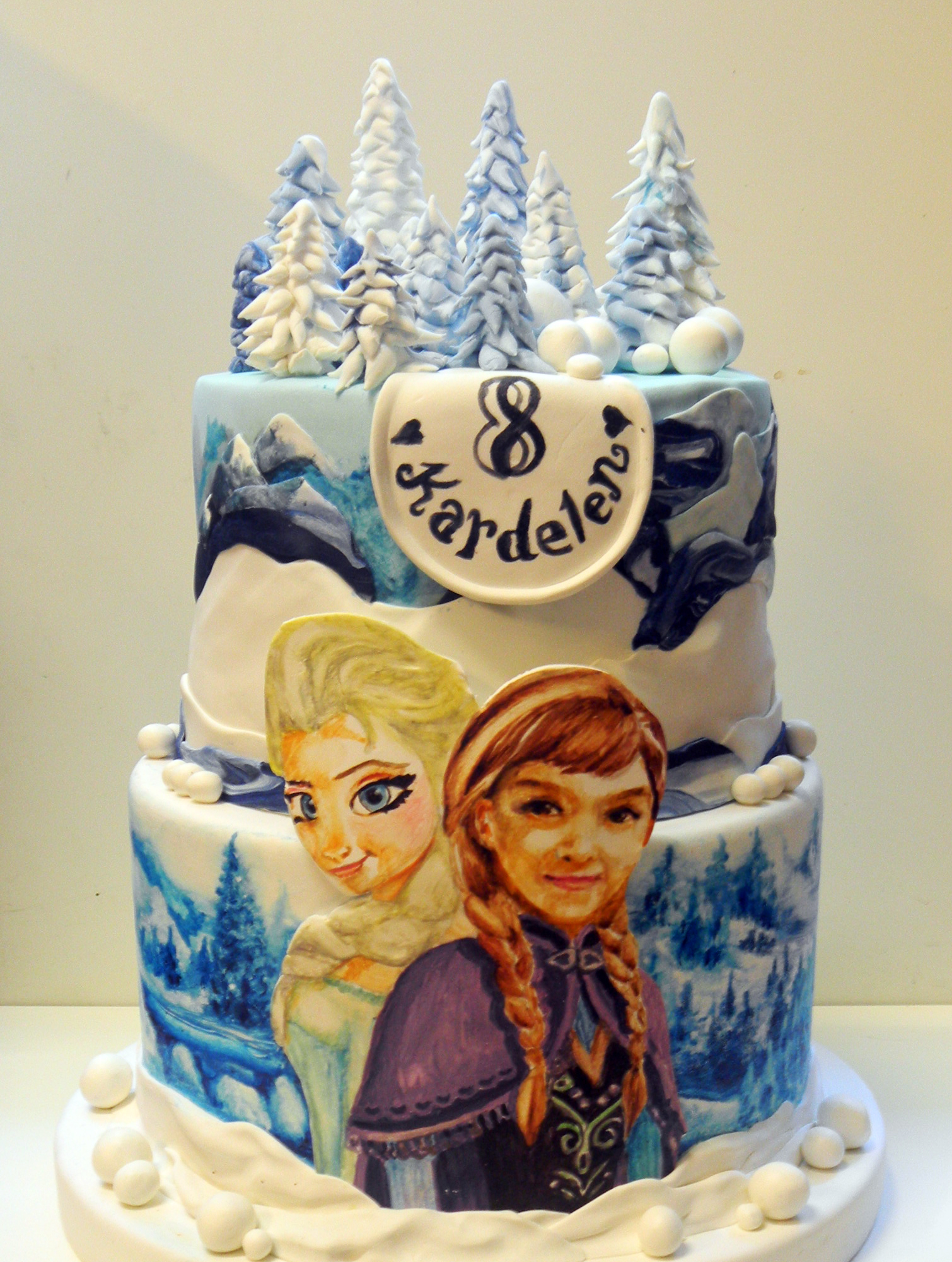 Frozen Cake Portrait Techniques Of Fondant Painting Pasta