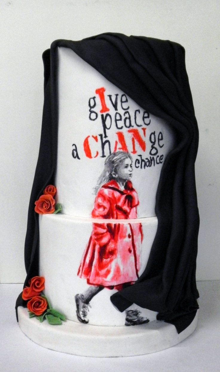 ferhan-dilek-uluocak-boutique-cake-design-painting-edible-art-pasta-boyama-give-peace-a-chance-baris-world-peace-schindlers-list-girl-in-red-coat